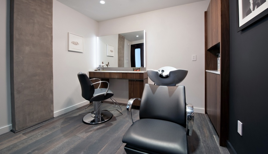 The hair-styling area at Rescue Spa.