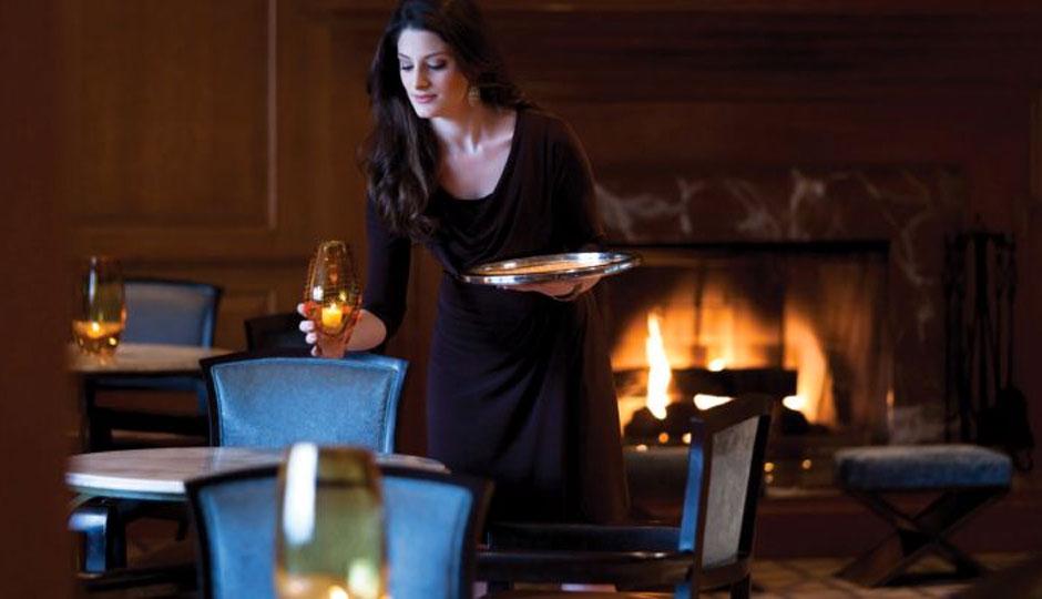 four-seasons-philadelphia-lounge