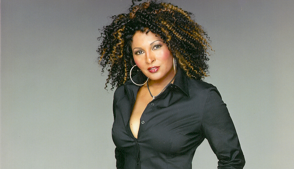 pam grier dining out for life