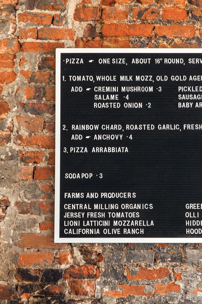 pizzeria-beddia-courtney-apple