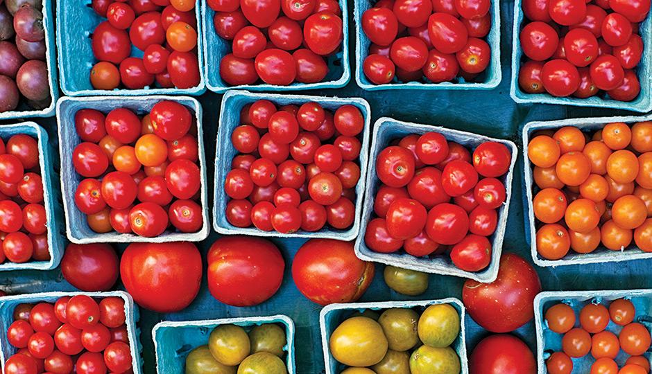 MO-tomatoes-farmers-market-courtney-apple-940x540