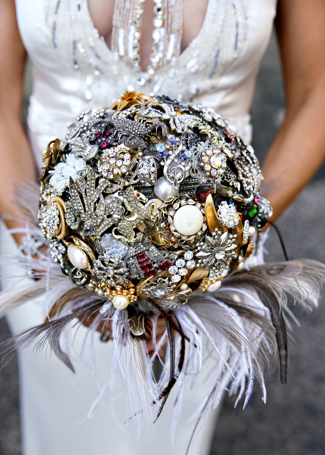 The bride's sister both chose the brooches and made the bouquet herself. Photo by Marie Labbancz.