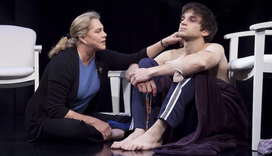 """Jonigkeit and Kathleen Turner in """"High"""" on Broadway."""