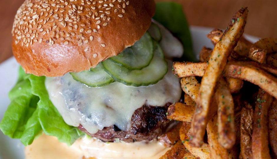 gaslight-burger-940