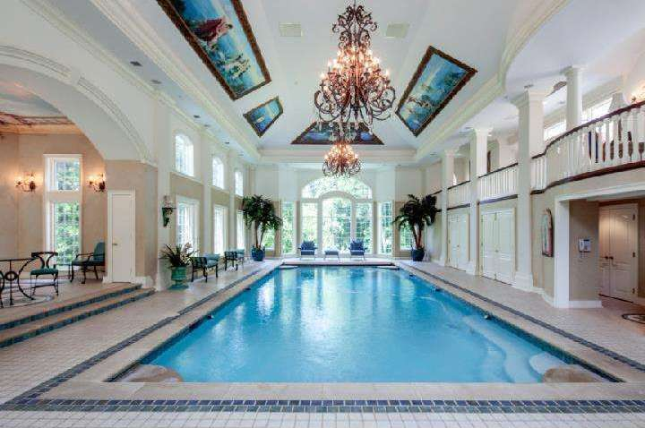 Villanova S Unbelievably Extravagant Skyview Estate On