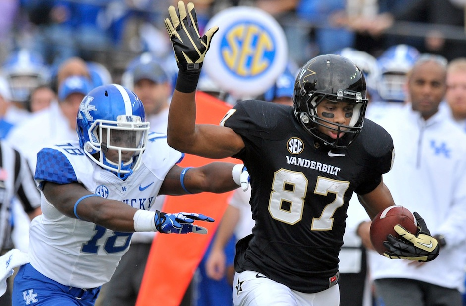 NCAA Football: Kentucky at Vanderbilt