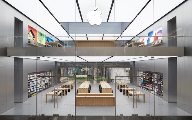 Gallery norman foster s luminous new apple store - Interior design jobs philadelphia ...