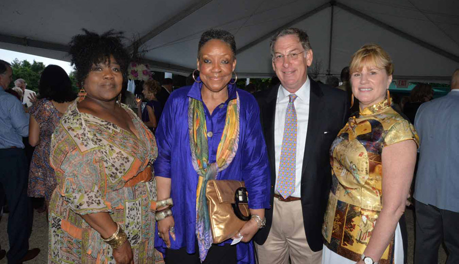 Mann-Music-Center-Party-in-the-Park-Diana-Ross-12-2079-Deborah-Johnson-Rhoda-Blount-Sam-Katz-Catherine-M-Cahill-Mann-Music-Center-940x540