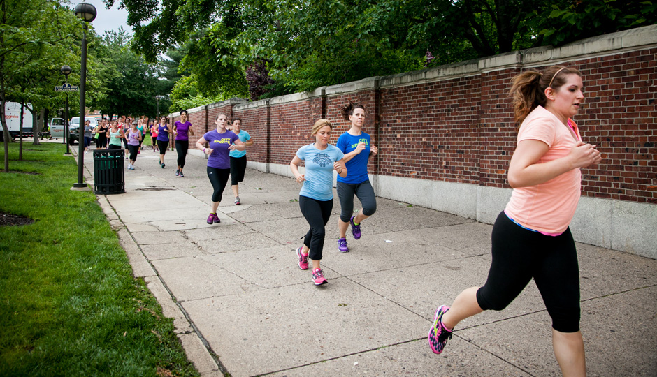 Outdoor group run at last year's Be Well Philly Boot Camp | Photo by JPG Photography