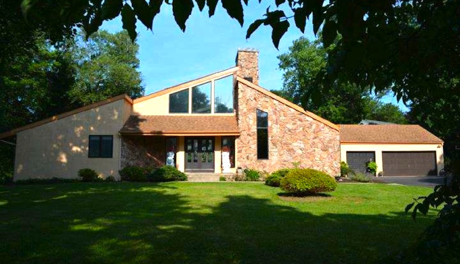 420 Pleasant Valley Avenue, Moorestown, NJ.