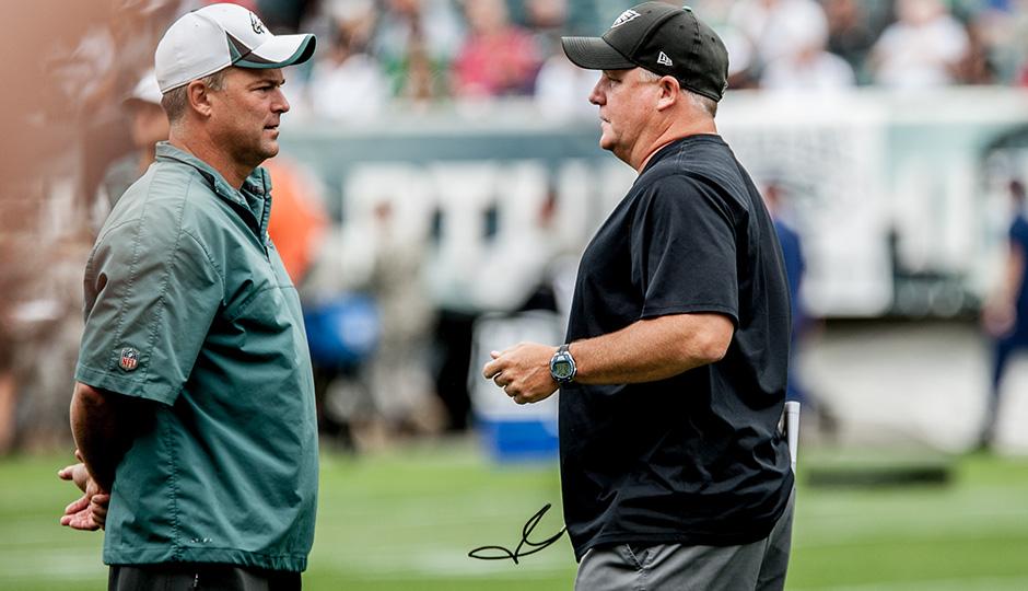 Billy Davis and Chip Kelly. (Jeff Fusco)