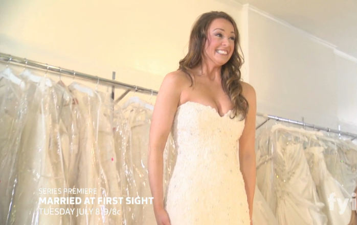 Jamie, who you might recognize from The Bachelor, tries on her wedding dress on an episode of Married at First Sight.