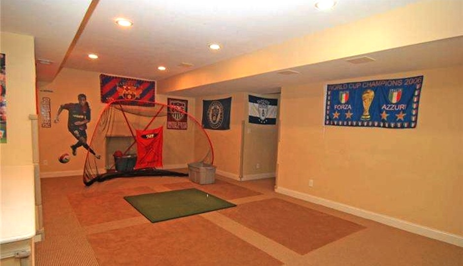 basement of 1620 knobb hill lane paoli pa