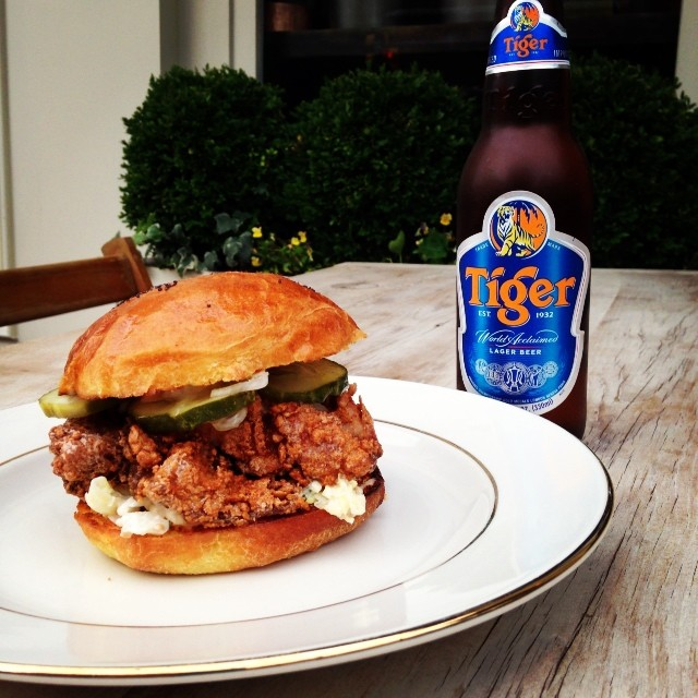 fitler-dining-room-fried-chicken-sandwich