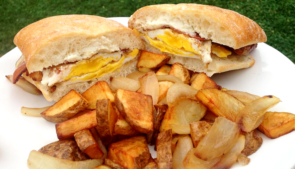 Breakfast sandwich and homefries from Jerry's Kitchen Food Truck | Photo via Facebook
