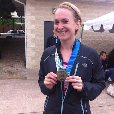 Anna Aagenes with her gold medal that she won in the women's 18-29 5K.