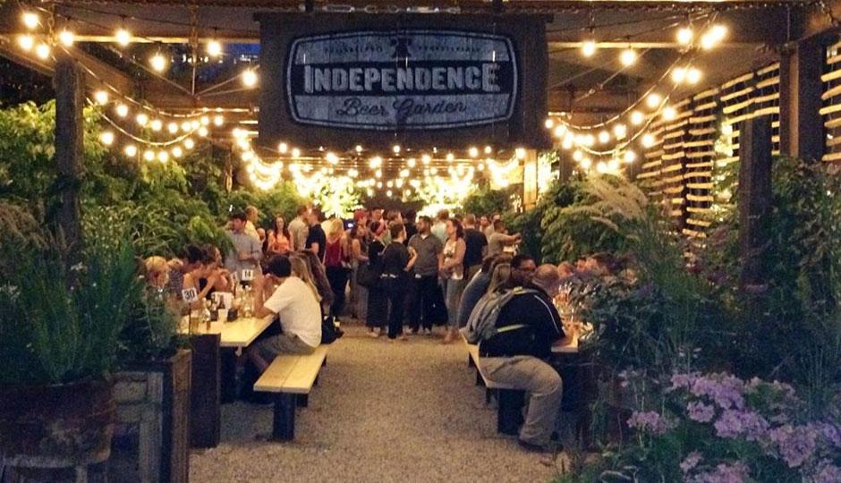independence-beer-garden-night-940