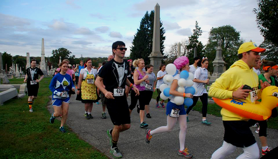 Costumed runners at the Rest in Peace 5K. | Photo via Facebook