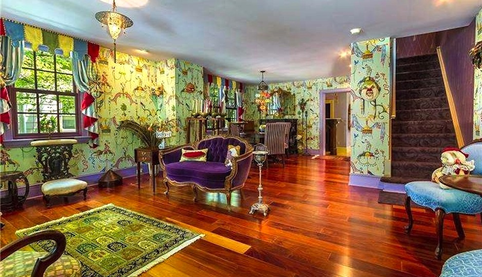 Gallery Moorestown Home With An Unbelievable Interior