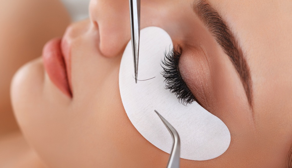 482f97d83eb Local Bridal Guide: Get Fuller, Longer Eyelashes For Your Wedding ...