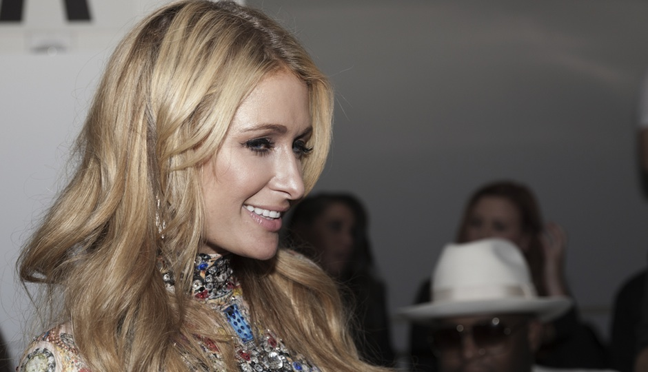 Paris Hilton (via Shutterstock)