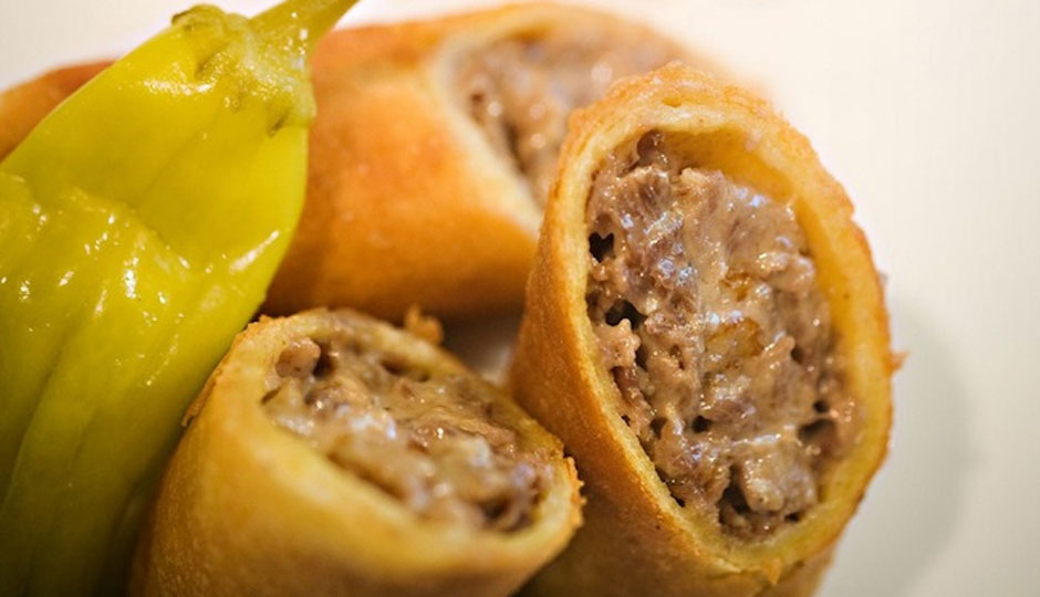 four-seasons-cheesesteak-spring-rolls-940