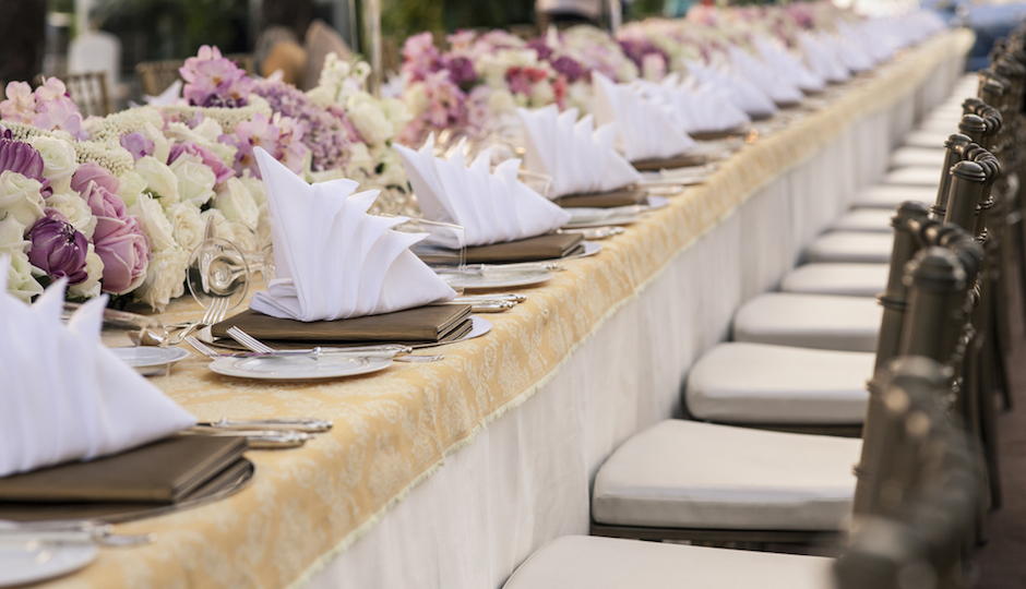 How To Choose Your Reception Style Buffet Family Style Or Plated