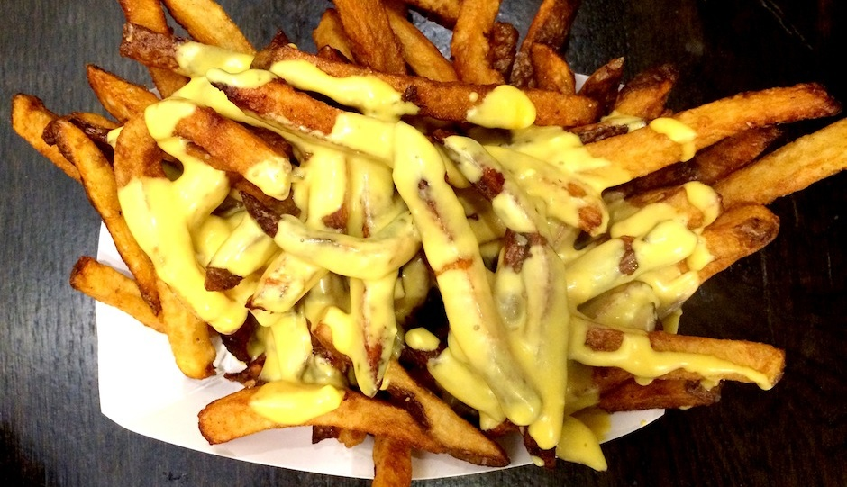Cheese fries at Blackbird Pizzeria // Photo by Erin Jaskiewicz