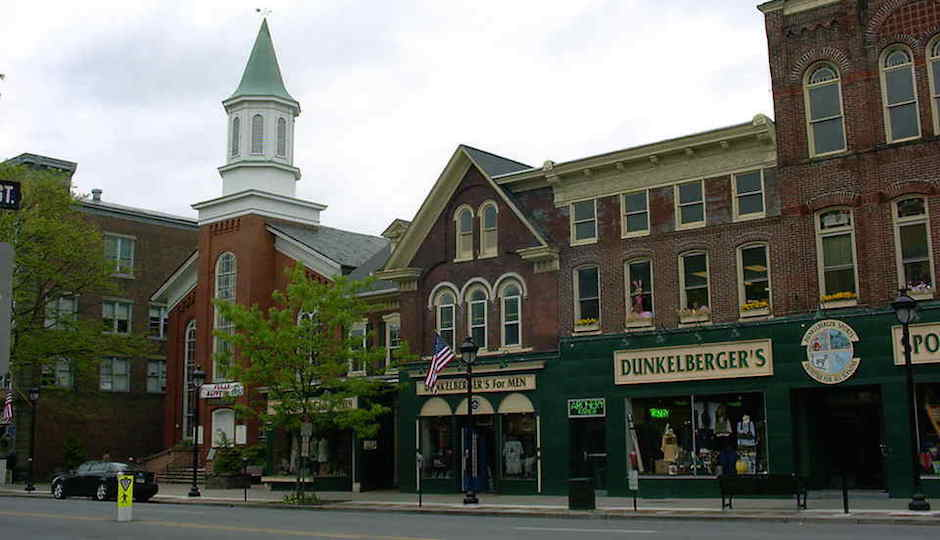 Spend your Saturday afternoon shopping and snacking in downtown Stroudsburg.