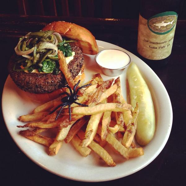 jack-o-lentil-burger-royal-tavern