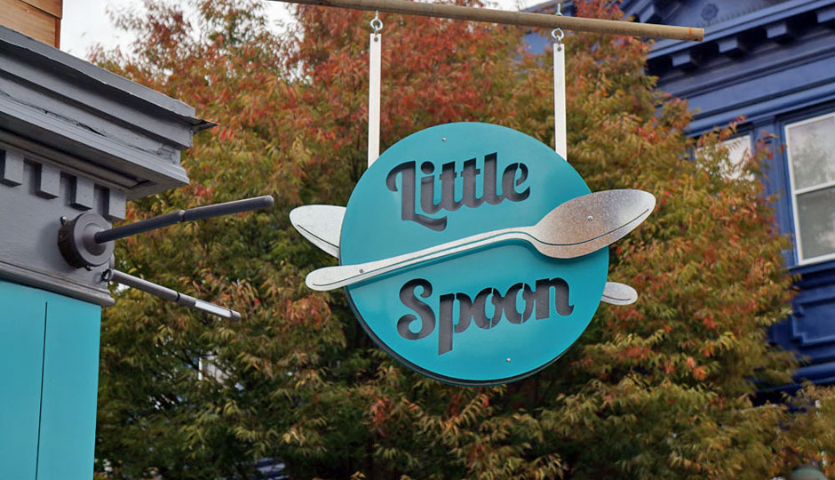 little-spoon-cafe-sign-940