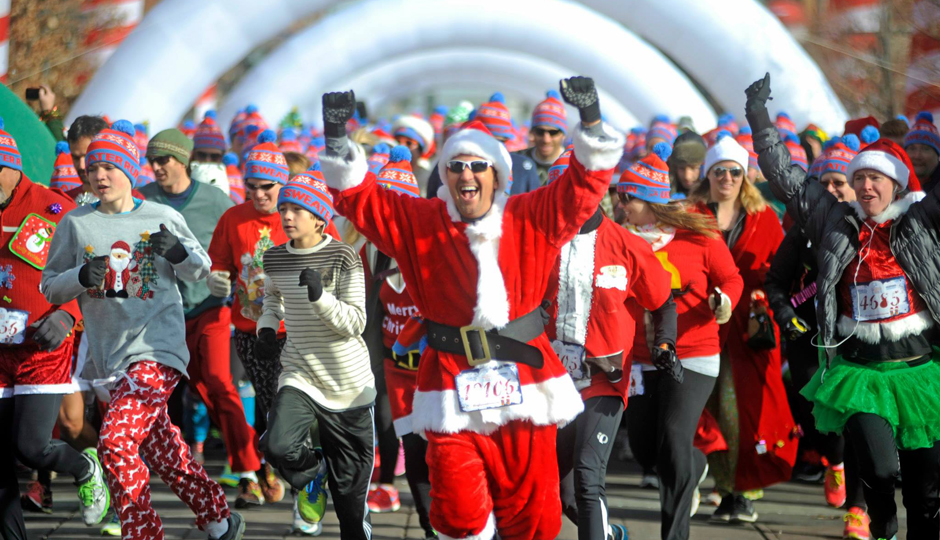 Mark Your Calendars: The Ugly Sweater Run Is Coming to Philly ...
