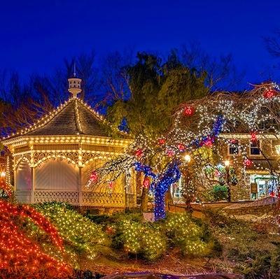 Don't miss the Peddler's Village Illumination Celebration. | Photo via Facebook.