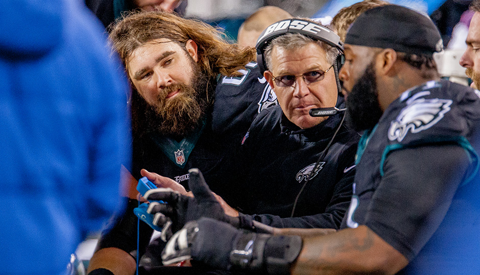 Jason Kelce and Jason Peters. (Jeff Fusco)