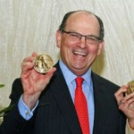 Joesph Neubauer accepts the 2012 Philadelphia Award. Photo | HughE Dillon