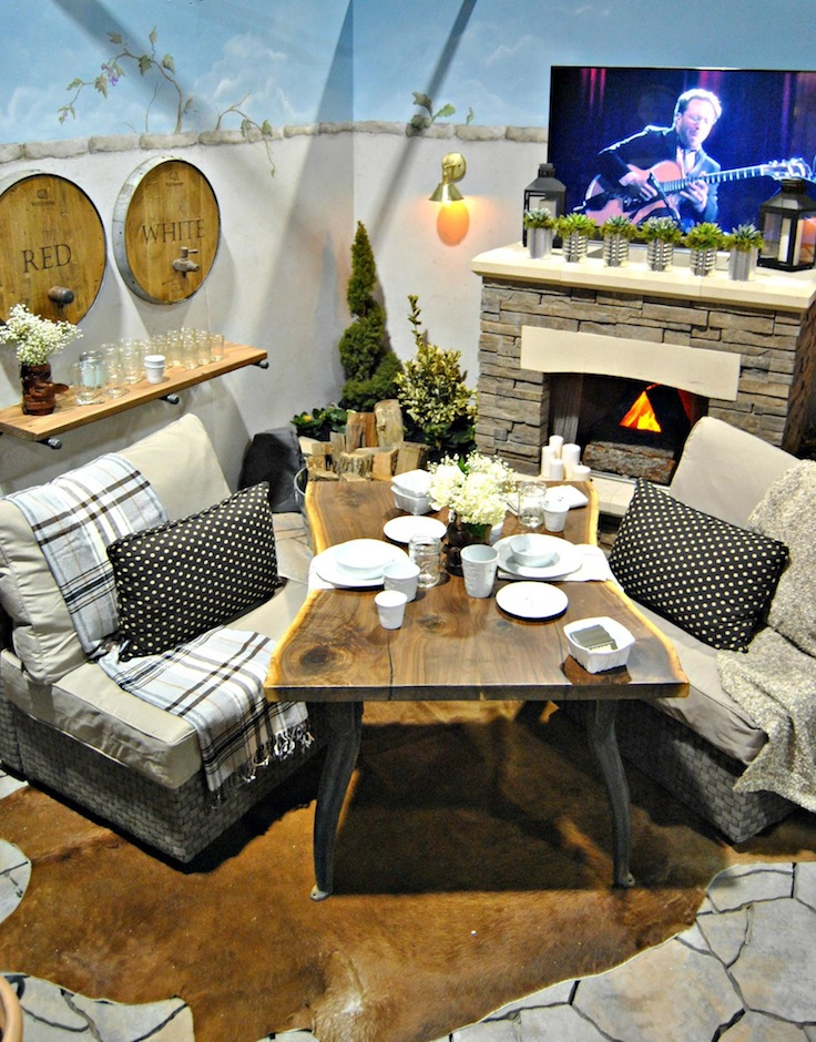Photo of The Painted Home show room at the Philadelphia Home Show, courtesy of Denise Sabia.
