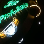 jose-pistolas-night-940