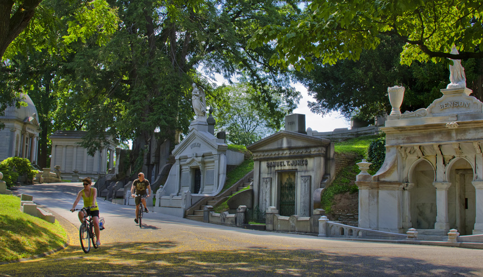 Laurel Hill Cemetery | Photo by R. Kennedy for Visit Philadelphia™