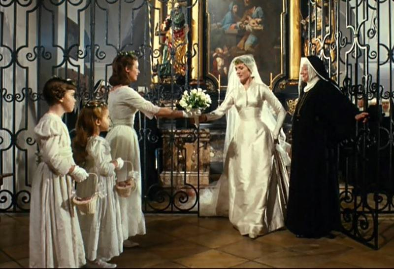 Let 39 S Watch Julie Andrews Relive The Glorious Wedding Scene From 39 The