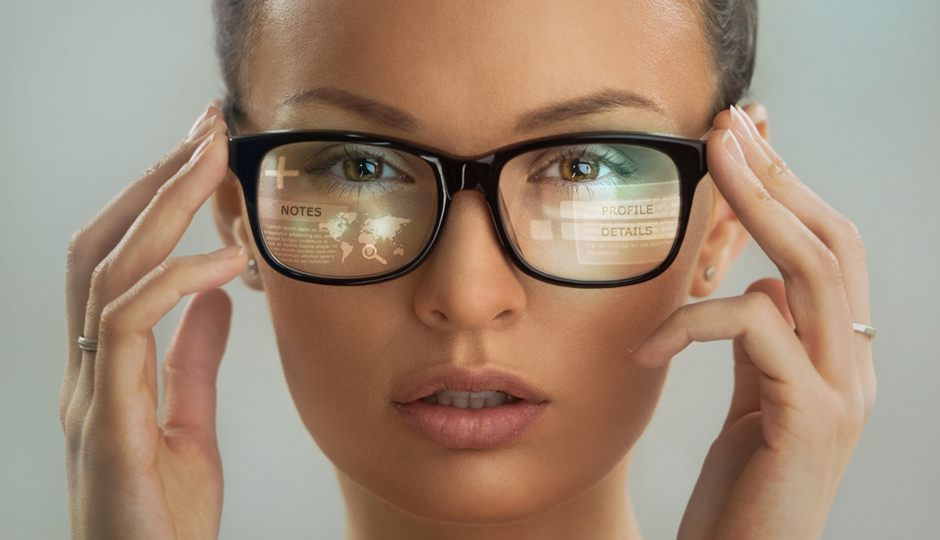 e3d70b11805 New technology is changing how we look at (and in) eyeglasses. Thanks to  3-D face-scanning machines