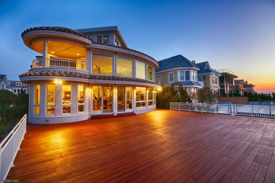 Jaw dropper of the week bayside mansion in longport with for Jersey shore waterfront homes for sale