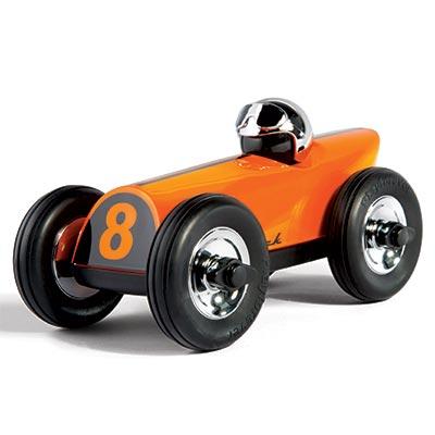 MO-delivery-toy-dom-savini-400x400