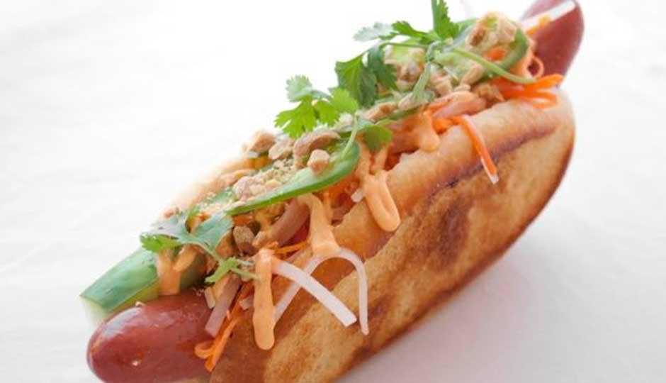 Saigon-Fusion-Hot-Dog-Hot-Diggity-940