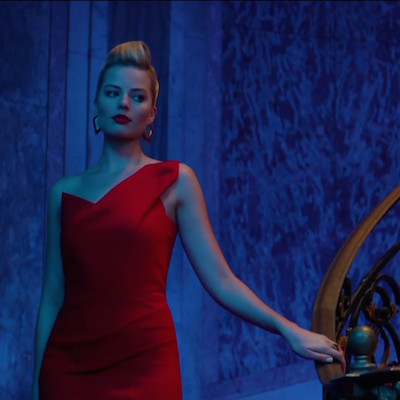 The stunning Margot Robbie in a scene from Focus.