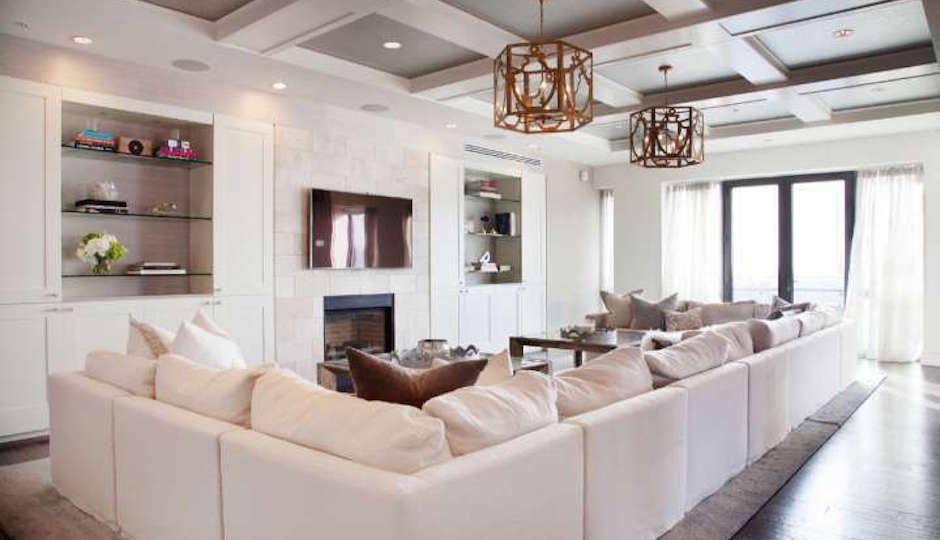 Jonathan Papelbon's Living Room   Photos: TREND via Realtor.com