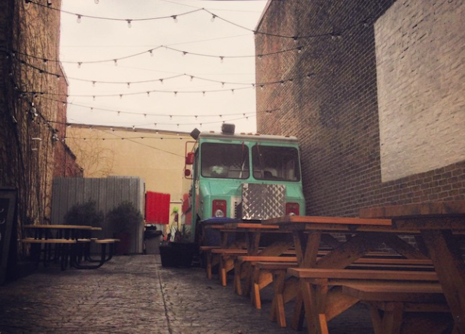 The Memphis Taproom Beergarden is just waiting to be filled with happy beer-drinkers.