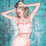 Taylor Swift plays Lincoln Financial Field on