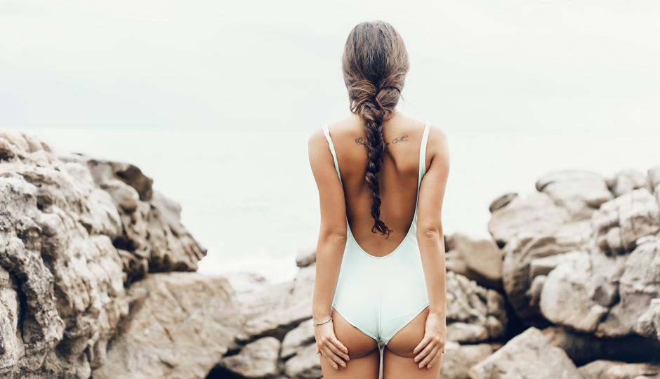 Woman-in-bathing-suit