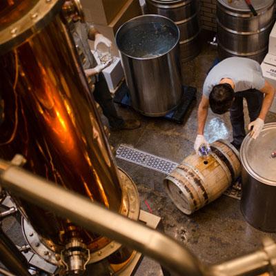 la-colombe-distillery-rum-400