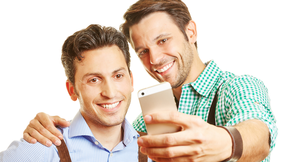 Grindr for straight couples